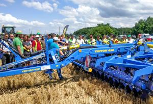 Farmet Triton 450